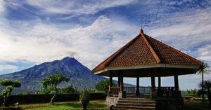 Pulau Jawa dan Berbagai Kekayaan yang Ada di dalamnya