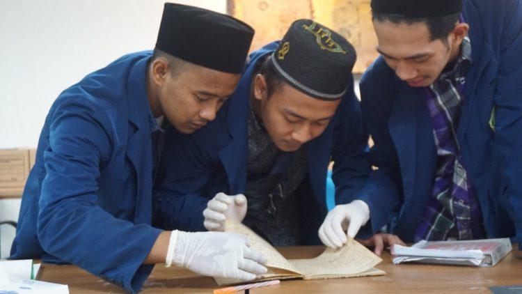 Dalami Penulisan Aksara Kuno, Mahasantri Mahad Aly Jakarta Kunjungi Perpusnas